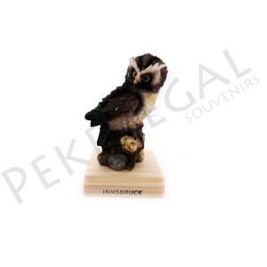 Figura búho con base de madera