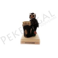Figura búho palillero con base de madera